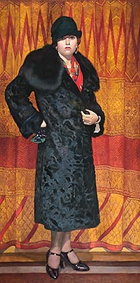 portret_ketrin_kempbell_v_karakule_s_krasnym_sharfom_1926-1927