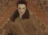 portret_ketrin_kempbell_v_mehovom_palto_1920-e
